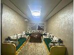 شقة جميلة للكراء بطريق الدارالبيضاء. المساحة الكلية 72.0 م². إقامة آمنة ومجهزة بنظام استقطاب قنوات الأقمار الصناعية.