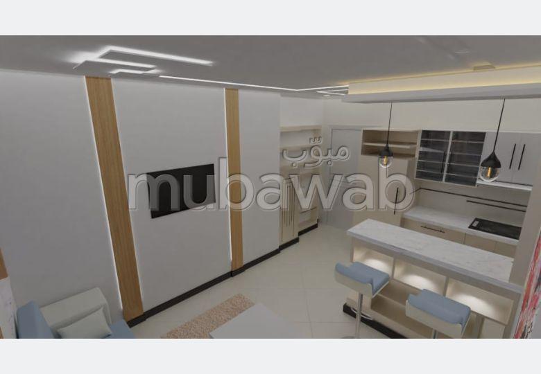 Superbe appartement à louer à Tanger. 2 grandes pièces. Salon Marocain, sécurité
