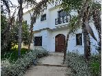 Esplendida villa en venta. Area 1200.0 m². Antena parabólica y seguridad.