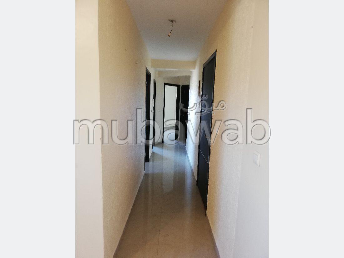 شقة جميلة للبيع ب العصام. المساحة 50 م².