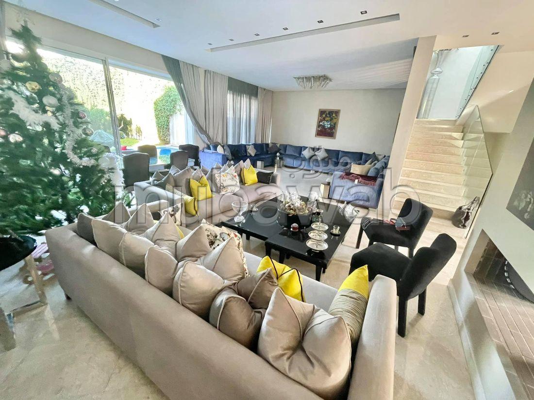 Casa de lujo en venta en Sidi Maarouf. Área total 450 m². puerta de seguridad, residencia cerrada.