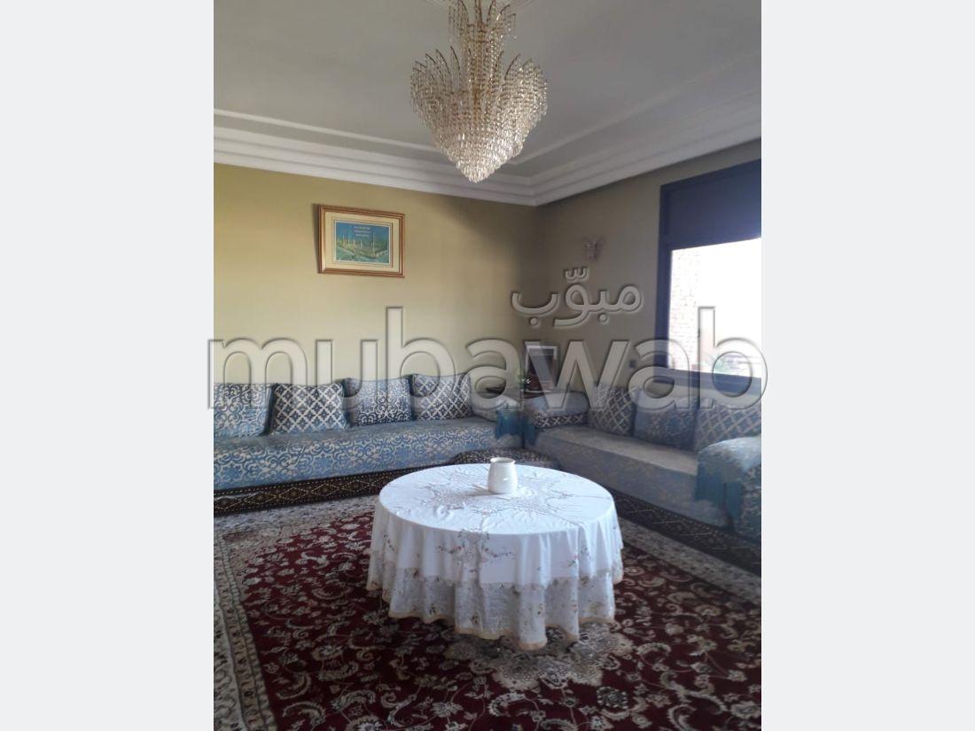 Sell apartment in Maamora. 6 Studio. Reinforced door, Moroccan living room.