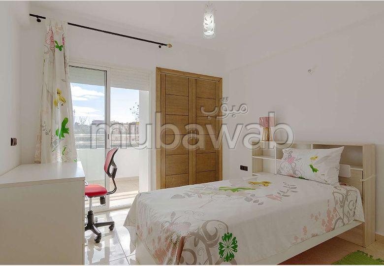 Bonito piso en venta en Hay Bensouda. Dimensión 100 m².