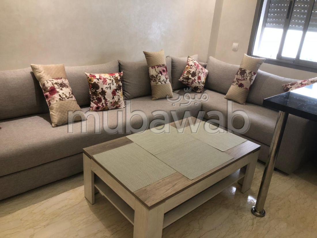 Rent this apartment in Quartier du Parc. Dimension 53 m². Reinforced door and satellite dish.