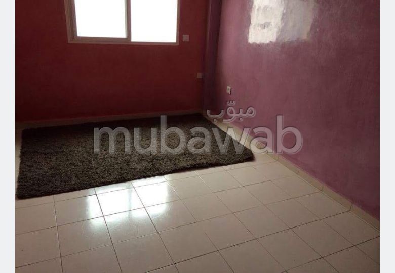 Apartment to purchase in Hay Mohammadi. Surface area 70 m². Green areas and lift.