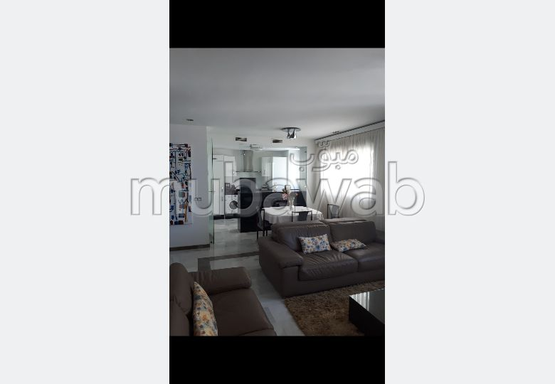 Apartment for sale in Tanger City Center. 3 beautiful rooms. Double glazed windows and reinforced door.