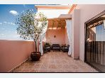 Sell apartment in Route de Safi. 3 large living areas. caretaker and air conditioning.