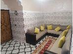 منزل جميل جدا للبيع ب عزوزية. 5 قطع مريحة. صالة مغربية وصحن فضائي.