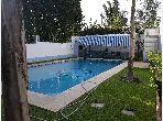 Coquette villa avec piscine à louer