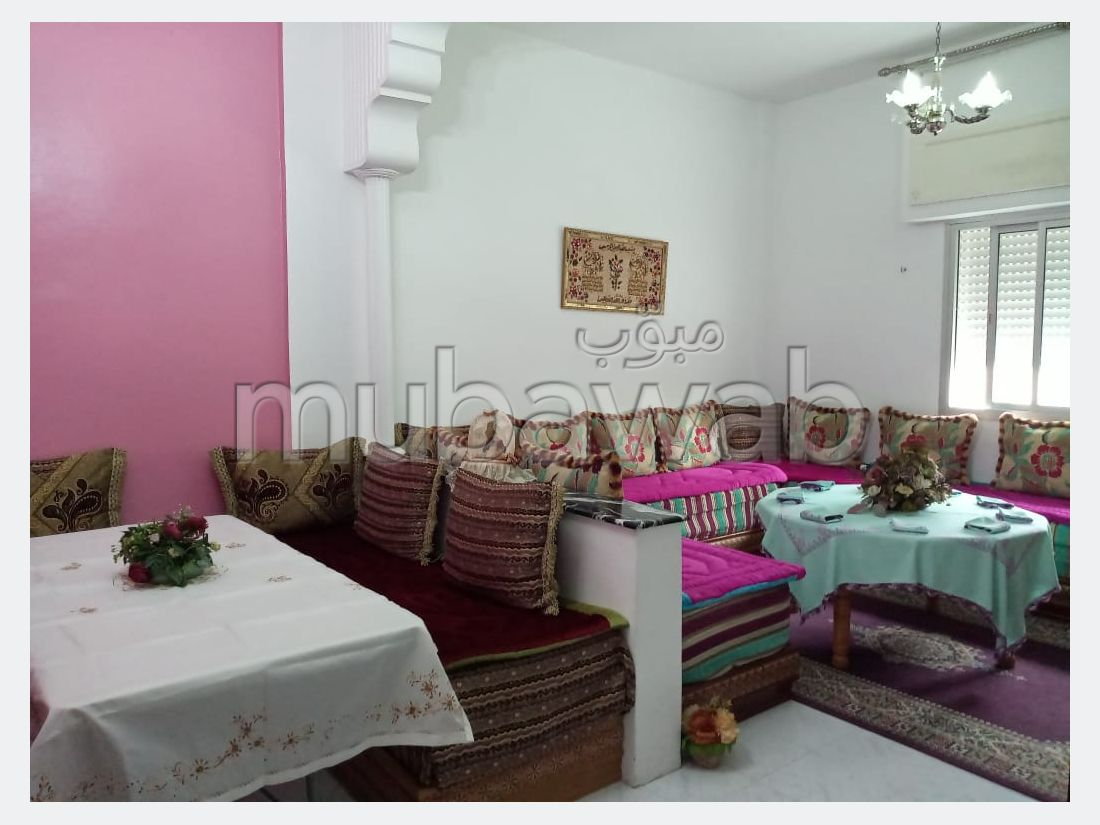 Apartment to purchase in Centre. 2 Large room.