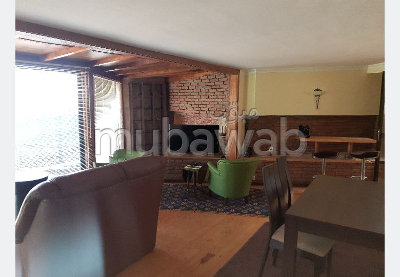 Apartment for rent in Jbel Kbir. 1 lovely room. Well furnished.