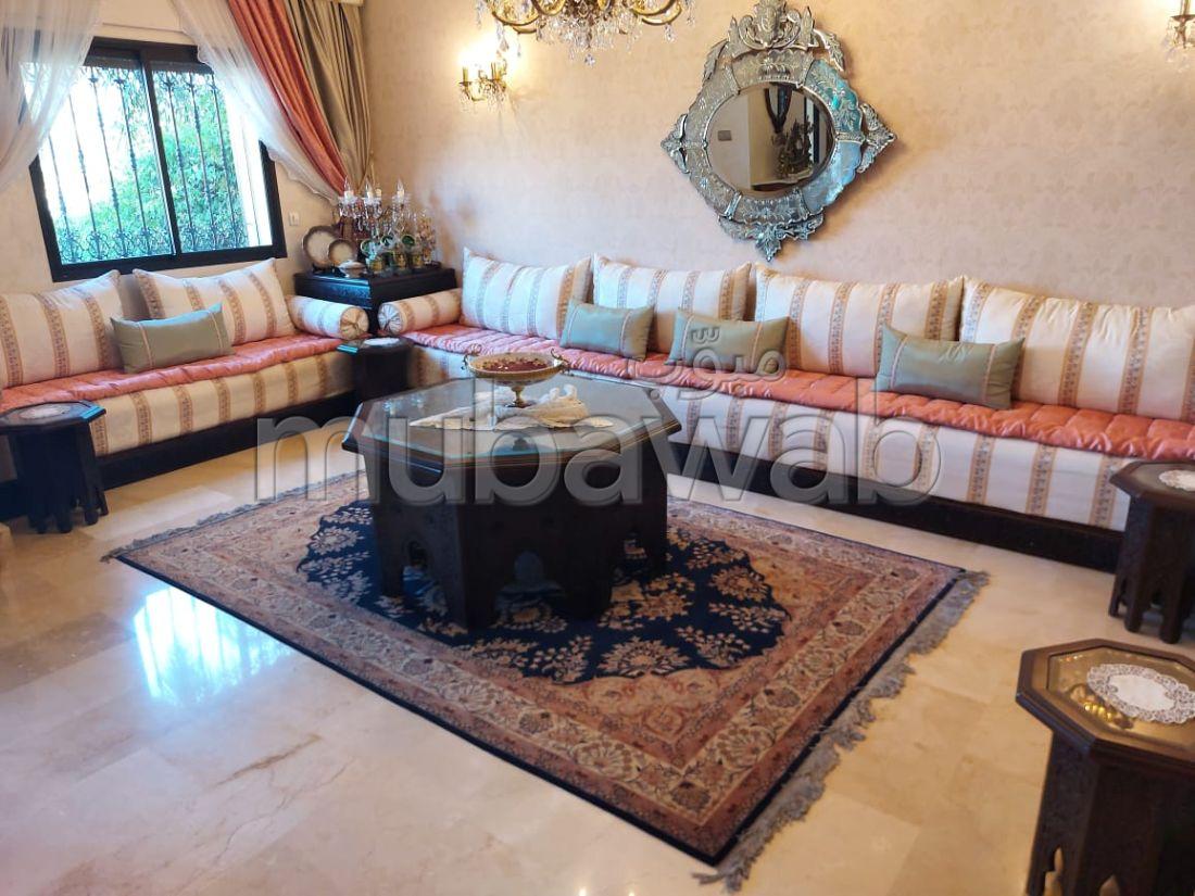 Esplendida villa en venta en Jbel Kbir. Area 160 m².