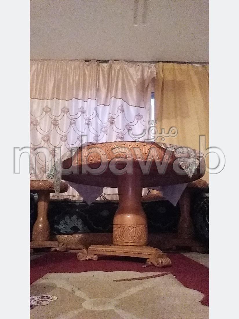 Encuentra tu próxima casa en Oulfa. 7 Salas. Sala de estar tradicional marroquí, barrio seguro.