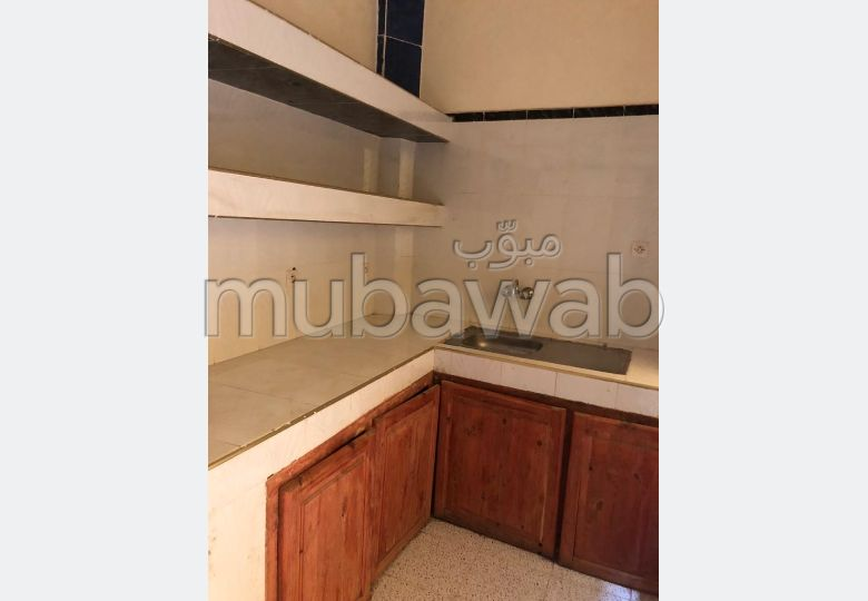 Home to buy in Hay Alfadl. Total area 80 m². Private garage.