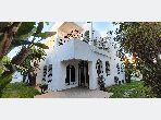فيلا فاخرة للإيجار -بحي السلام -السيال. 4 غرف جميلة. أماكن وقوف السيارات وشرفة.