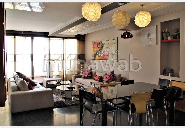 شقة رائعة للايجار بحي الشتوي. 3 غرف. مفروشة.
