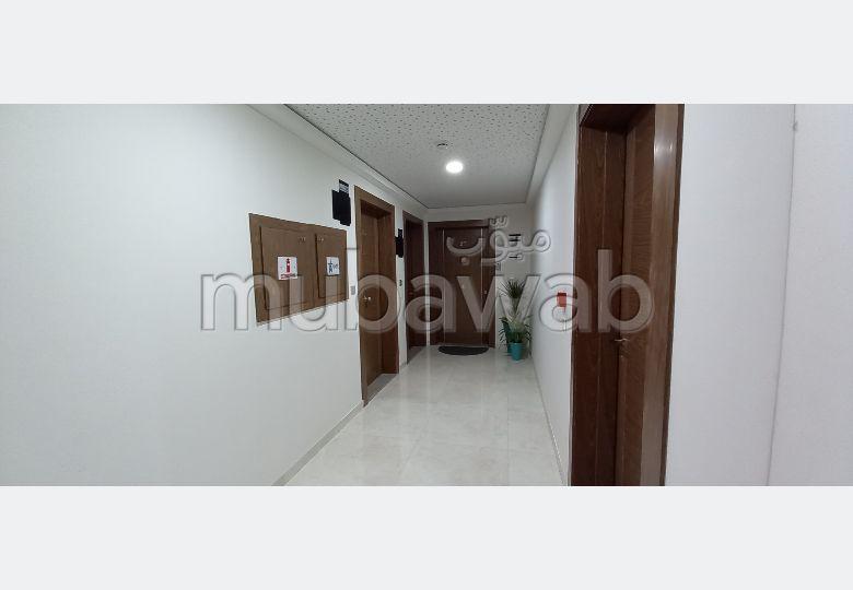 Vend bureaux à Agadir. Surface de 50 m²