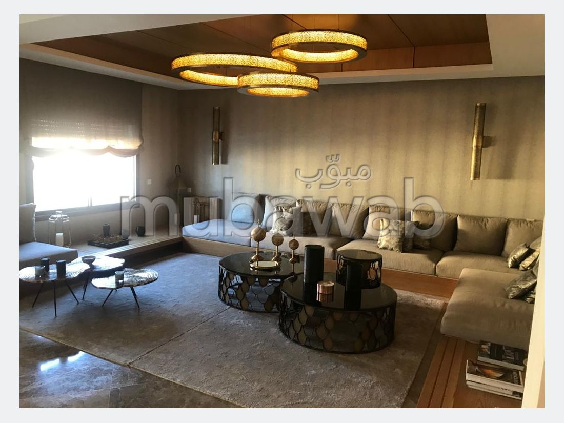 Fabulous apartment for sale in Du Golf. 3 living areas. caretaker and swimming pool.