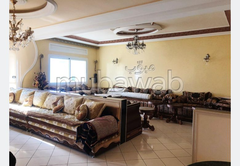 Fabulous apartment for sale in Iberie. 3 Master bedroom. No Lift, Large terrace.