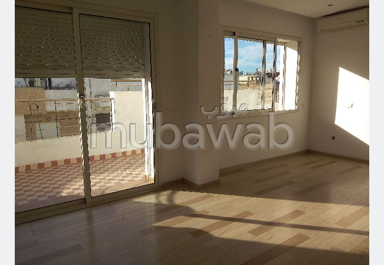 Apartment for sale in Racine Extension. Surface area 116 m². With Lift, Carpark.
