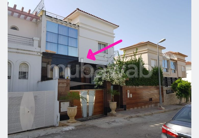 Splendid villa for sale in Achakar. Total area 240 m². Cellar, Large terrace.
