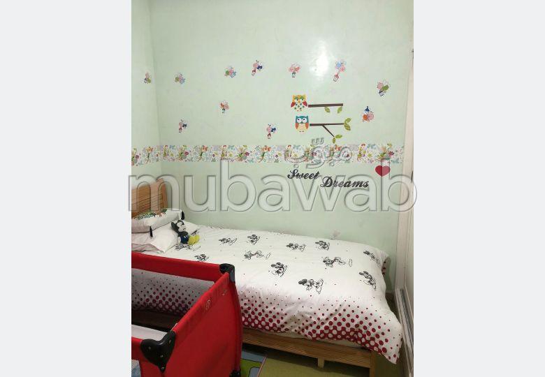 Jolie appartement 2 chambres vide à vendre