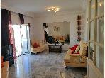 Bel appartement en location. Surface totale 130.0 m². Meublé
