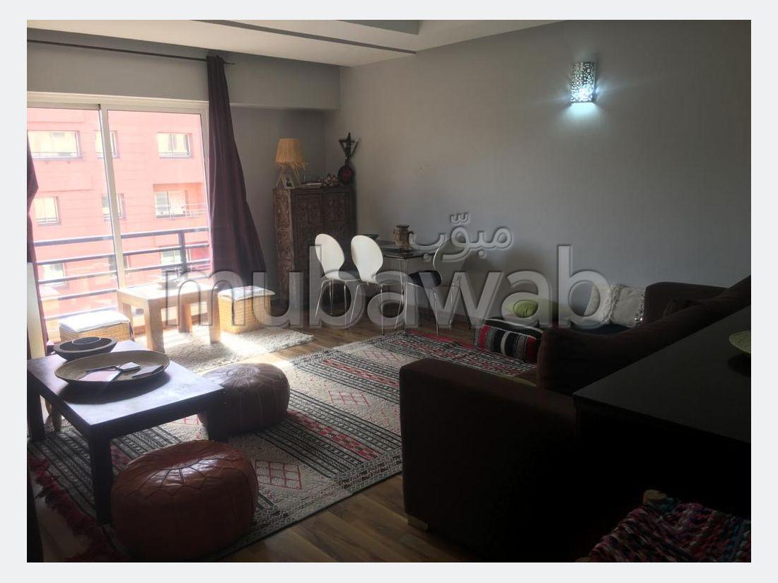 Bonito piso en venta en Guéliz. 1 Habitación. Terraza y ascensor.