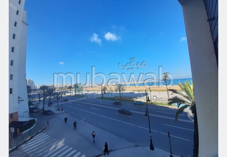 Bureau Vide à Louer en Pleine Corniche – Tanger