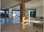 Magnífica villa en venta en Californie. 7 Estudio. Chimenea operativa, aire condicionado integrado.