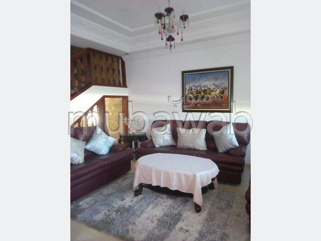 Luxury Villa for sale in Ismalia. Large area 200 m². Carpark and garden.