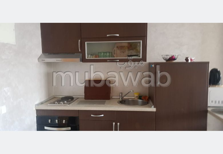 Lovely apartment for rent in Derb Omar. 2 Studio. Ample storage space.