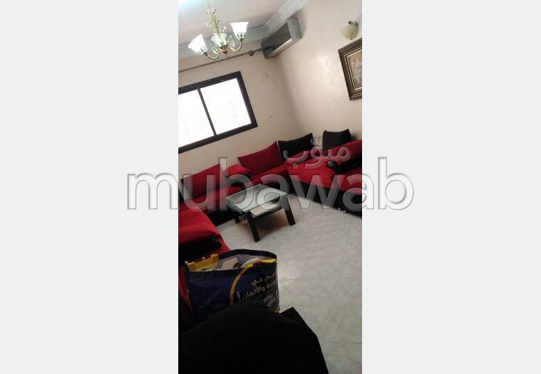 Bonito piso en alquiler en Route de Safi. 3 Sala de estar. Completamente amueblado.