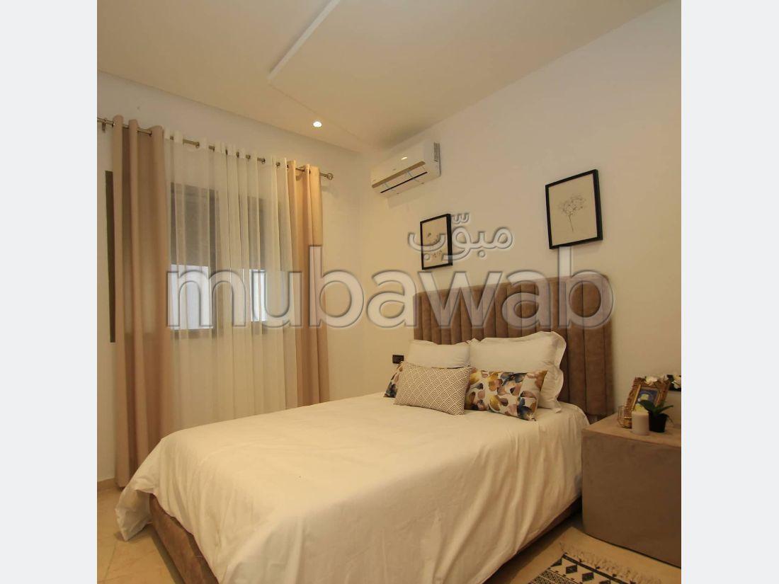 Appartement à l'achat à Kénitra. Superficie 113 m². Salon Marocain, sécurité