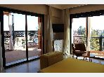 Beau 2 chambres meuble avec superbe terrasse
