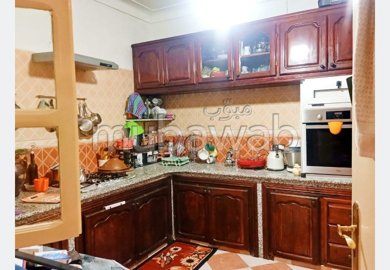 Very nice house for sale in Hay Inara. 5 comfortable rooms.