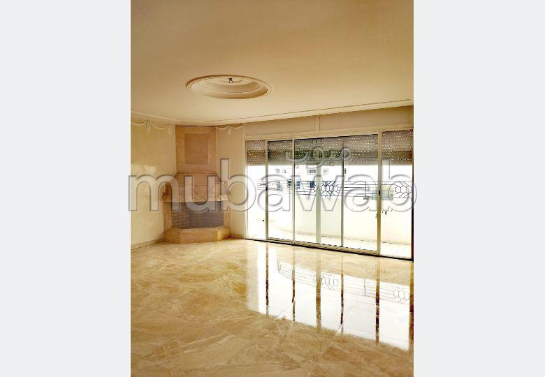 Un appartement de luxe à louer sur HAY RIAD