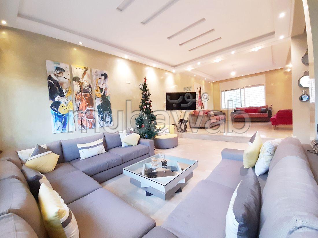 Belle maison à vendre à proximité du CIL