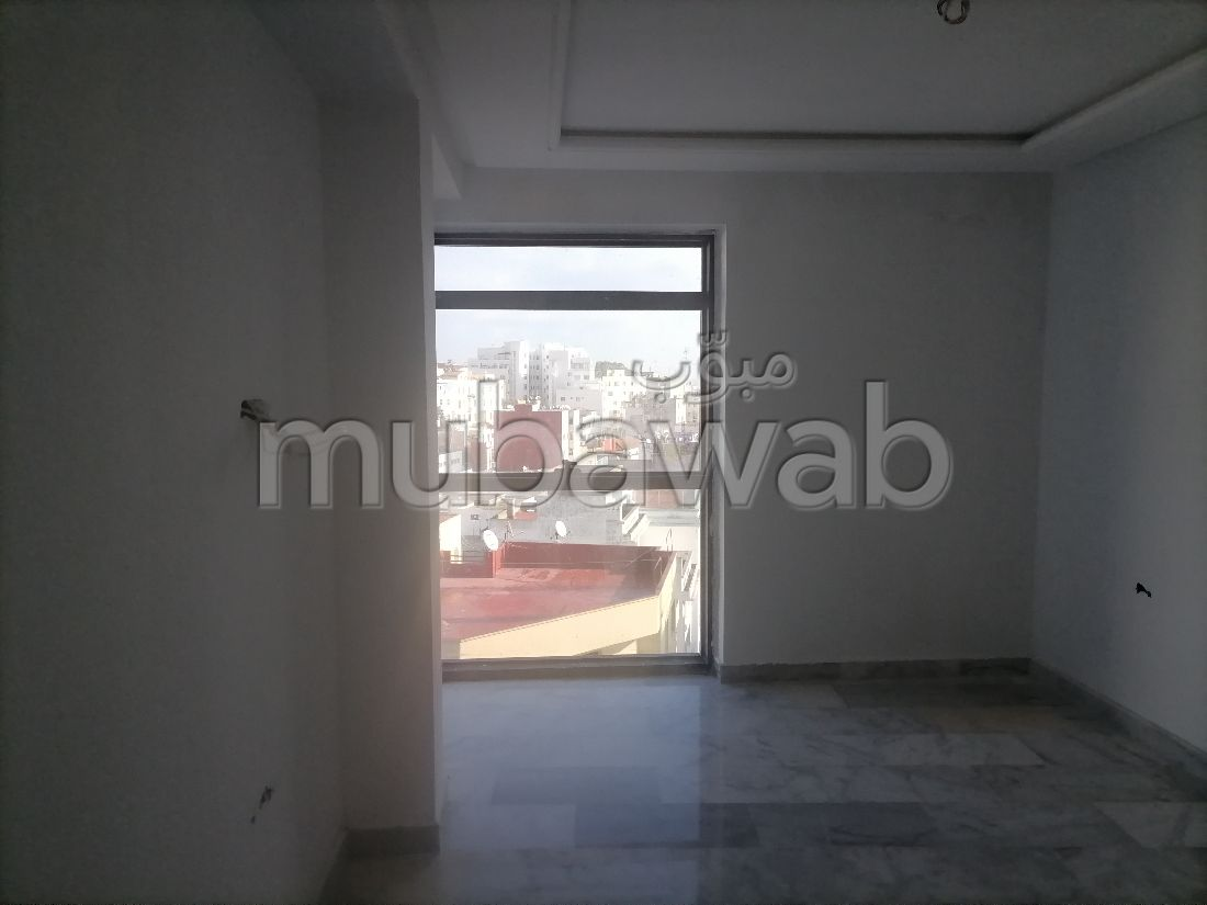 Apartment for sale in Iberie. Surface area 87 m². Lift and garage.