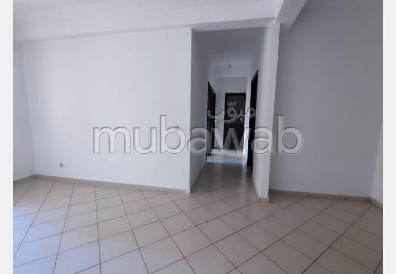 استئجار شقة بطريق اسفي. المساحة الكلية 60 م². اتصال بالانترنت.