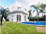 Splendid villa for sale in Californie. 4 living areas. Garage and terrace.