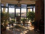 شقة جميلة للبيع ب ايبرية. المساحة الكلية 200.0 م². إقامة بالبواب ، ومكيف هوائي.