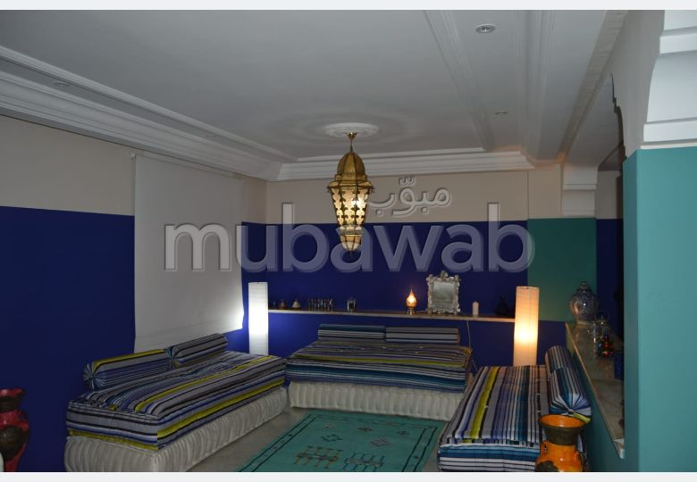 Beautiful apartment for sale in Mimosas. 4 Small bedroom. Carpark and terrace.