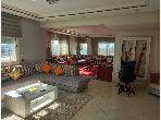 Bonito piso en venta en Centre. 4 Estudio. Salón tradicional y puerta blindada.