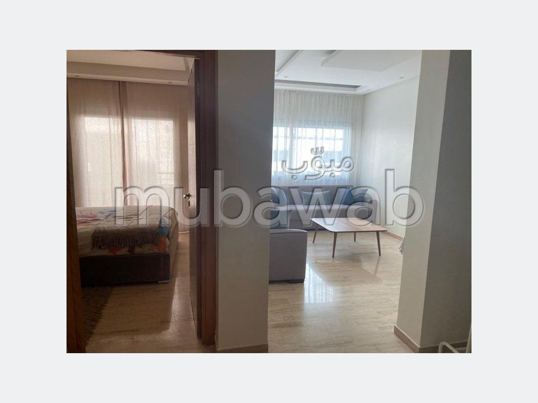 Lovely apartment for rent in Maârif. Large area 50 m². Fully furnished.