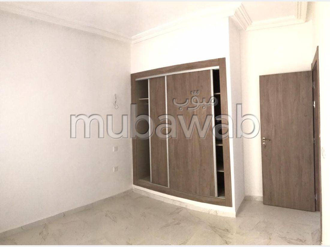 Magnífico piso en alquiler en Mesnana. Superficie de 100 m². Con garaje y ascensor.