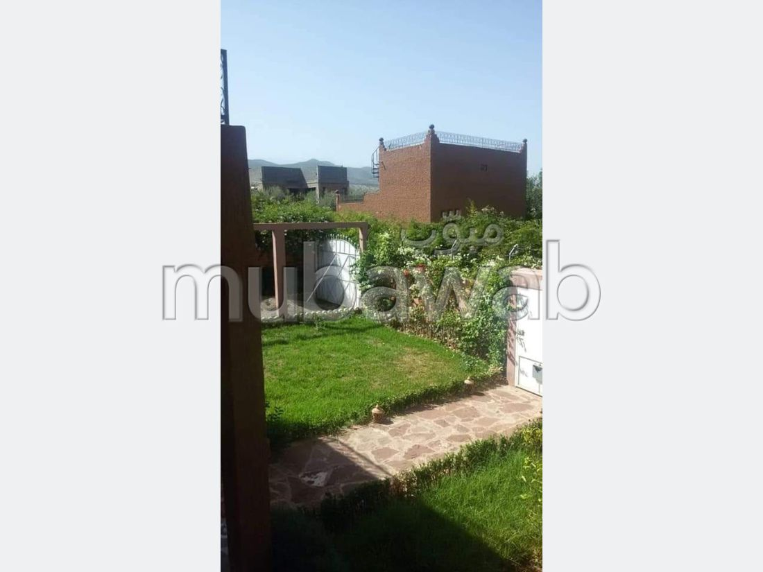 Sell apartment in Route de l'Ourika. 4 Dormitory. Quiet sorroundings with mountain view, reinforced door.