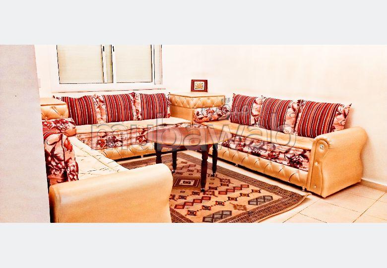 Appartement de vacances à louer à Kénitra. 3 pièces confortables. Bien meublé