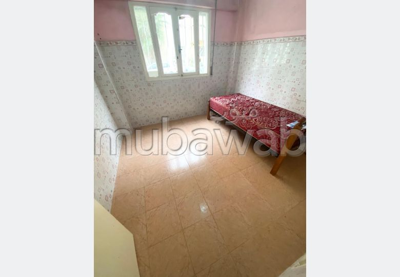 Beautiful room for rent in Hay Hassani. Area 80 m².
