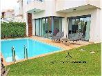 Casa en venta en Ain Diab. Area 328 m². Jardín privado, trastero.